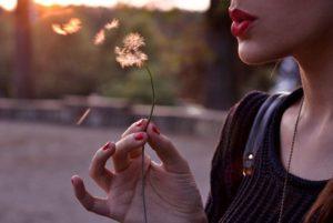il potere nascosto della menopausa bocca rossa wish