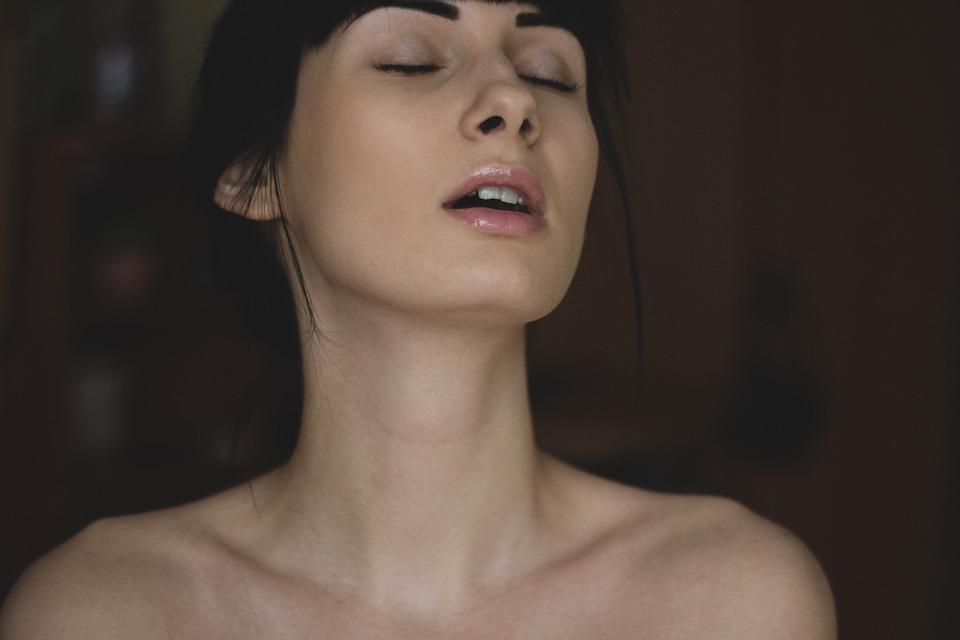 Il Risveglio del (sesso) femminile. Martedì 29 ottobre ore 20.30 Fabbrica Lago. Villa del Conte.