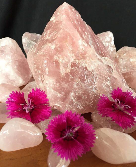 L'energia del cuore e i cristalli del 4 chakra